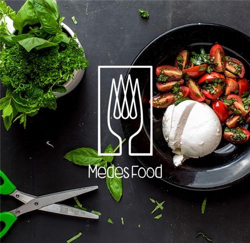 طراحی لوگو رستوران مدس فود