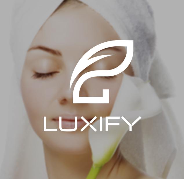 طراحی آرم مجموعه پزشکی و زیبایی luxify