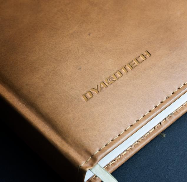 طراحی آرم مجموعه DYACOTECH